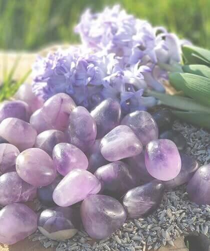 Ametyst krystaller og sten