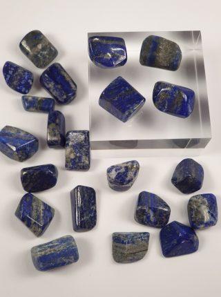 Lapis Lazuli sten og krystaller