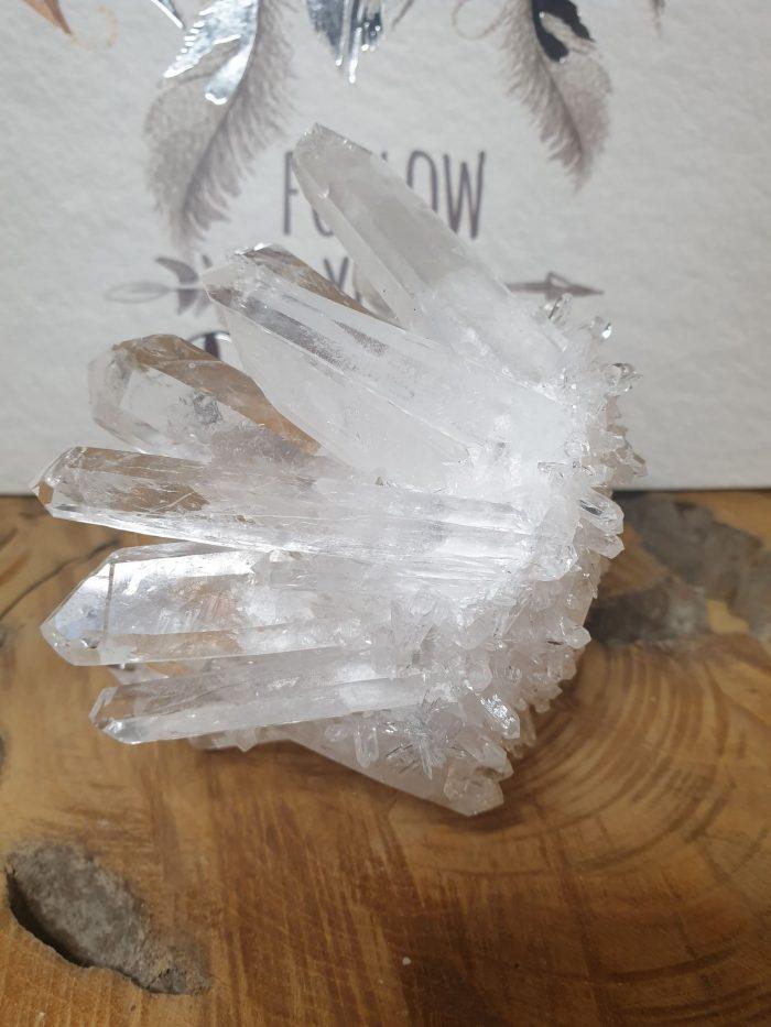 Bjerg krystal klynge med et twist